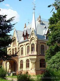 Odnowiony pałac w Większycach