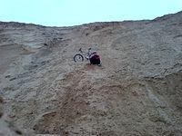 Ja, mój rower i wielka góra piachu :)