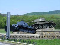 Czołgi przy wyjeździe ze Svidnika