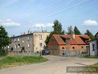 Buszkówiec - jedna z mniejszych metropolii mijanych po drodze, ale ja lubię takie małe wsie.