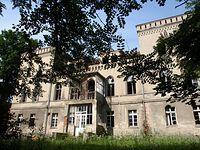 Wędrynia - pałac (odrestaurowywany)