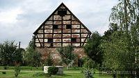 Droglowice - XVIII-wieczny spichlerz