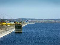 Zalew Jeziorsko - zapora widziana z zachodniego brzegu