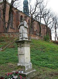 Sandomierz – pomnik Wincentego Kadłubka