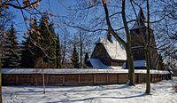 Kościół św. Michała o poranku w Katowickim parku Kościuszki