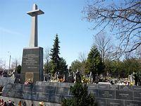 Cmentarz w Magdalence, pomnik i mogiły pomordowanych więźniów Pawiaka