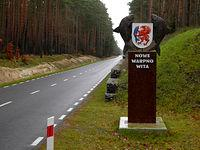 Sympatyczna tabliczka powitalna, chociaż do Nowego Warpna 10 km