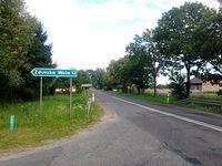 Pierwszy przystanek. 12 km  od Zdunskiej Woli