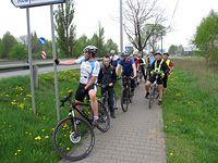 Przewodnik Sławek i fragment ekipy swarzędzkich rowerzystów