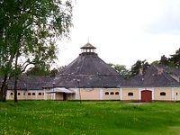 Dawna szkoła cyrkowa w Julinku