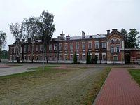 Budynek koszarowy ul. Polskiej Organizacji Wojskowej, Legionowo