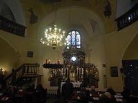 W tym kościele balaski i ambona wykorzystywane są regularnie :)