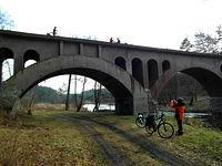 Nieczynny most kolejowy nad rzeką Wda