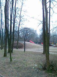 Fort Bema. W parku
