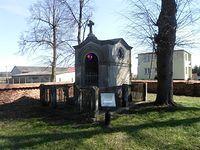 Kaplica nagrobna w Zawadach