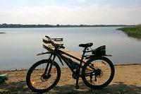 Nad jeziorem Płoń