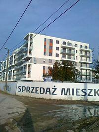 Nowe osiedle przy Szeligowskiej. Wszystko pięknie, ale jedyny dojazd to własne auto..albo rower