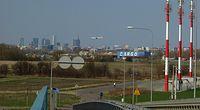 Terminal Cargo i widok na wieżowce Warszawy