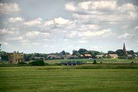 W oddali widać miejscowość Żukowo
