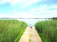 Jezioro Kaliszańskie - udało mi się znaleźć takie oto zejście do wody