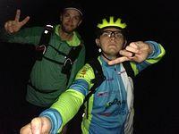 Z kolega Radkiem na nocnej jezdzie