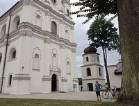 Pod kościołem w Kruszynie