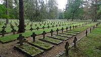 Stary cmentarz jeniecki (1871-1945) w Łambinowicach