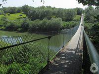 Kolejny mostek przez San