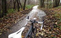 Ze 50m odcinek wiecznie nieczyszczonej rowerowki Łęczyca - Puszczykowo w koncu oczyścili :)