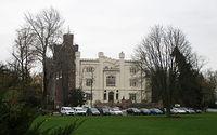 Odświeżona frontowa elewacja zamku w Kórniku. Może być :)
