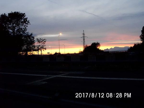Zachód słońca nad autostradą A4 w Chorzowie Batorym