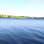 Hlučín Woda jeszcze zimna, ale już się kąpią