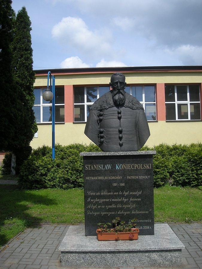 Znalezione obrazy dla zapytania koniecpolski pomnik